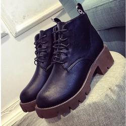 Giày boot cổ điển gót vuông kiểu Timberland BT233D - Doni86