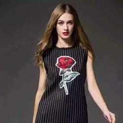 Đầm suông 3D hoa hồng - Hàng nhập QC