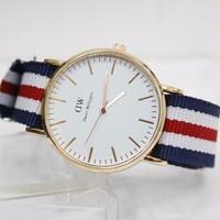 Đồng hồ DW phong cách