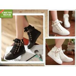 Giày boot nữ đinh vàng