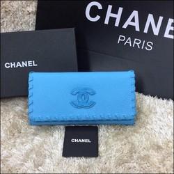 Ví Chanel logo nỗi