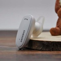 Tai nghe Bluetooth Samsung