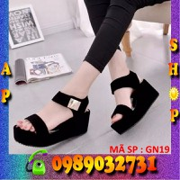 Giày sandal phối kim loại màu đen xinh xinh ! GN19