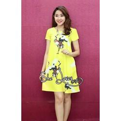 Đầm suông xòe họa tiết con hạc nổi bật-V002