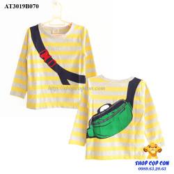Áo thun tay dài hình đeo túi sọc vàng size 100-140