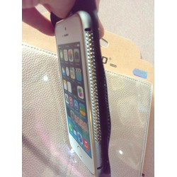 Viên iphone4 đính đá 3hàng