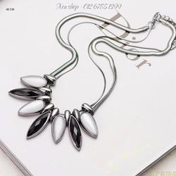 XD225 - Dây chuyền trắng đen thời trang