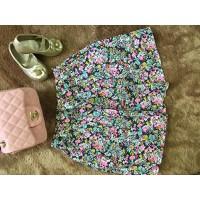 Chân  váy hoa nhí
