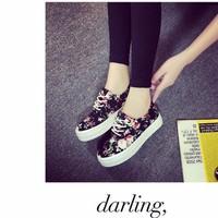 Giày vải đế bằng họa tiết hoa  GDNAGVIDE171TQ