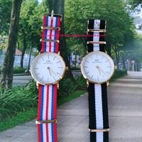 Đồng hồ kim DW dây vải,rất mát tay.