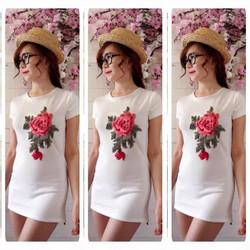Đầm body tay con đính hoa hồng nhung đỏ