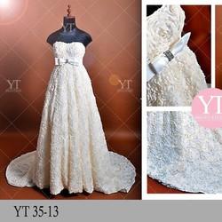 Váy cưới ren 3D