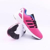 Giày thể thao Adidas mẫu mới phối màu thời trang