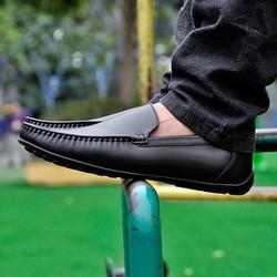 Giày da đế mềm thiết kế đơn giản, năng động