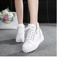 Giày bata cao 5cm