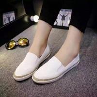 Giày lười nữ viền