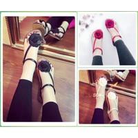 Giày Sandal nữ xỏ ngón hoa hồng