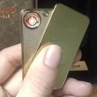 HỘT QUẸT DINUO IPHONE MẠ VÀNG CÓ MÓC KHÓA DÙNG PIN SẠC