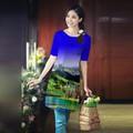 áo dài cách tân in 3d nền xanh