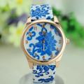 Đồng hồ đeo tay nữ, họa tiết hoa sứ cá tính