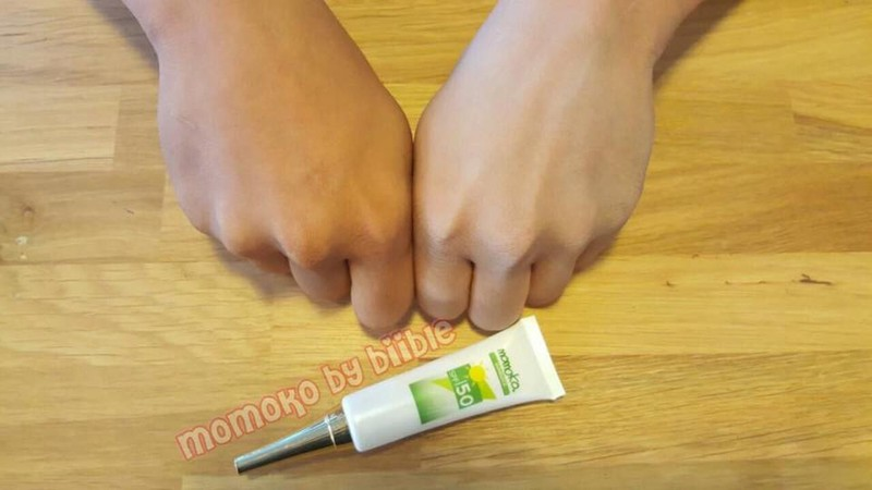 Kem chống nắng Vitamin E Momoko Sunblock SPF 50 4