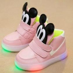 giày thể thao cho bé trai và bé gái,hàng nhập cực đẹp,có đèn