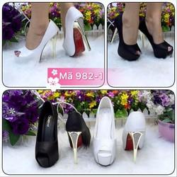 Giày nữ, kiểu dáng cao gót, chất liệu da PU phối màu cực sang vg223