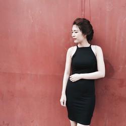 Đầm body yếm siêu xinh