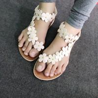 Giày sandals hoa xỏ ngón SDXN04