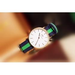 Đồng hồ vải dù phối sọc xanh lá