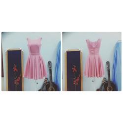 Đầm hồng xòe màu pastel