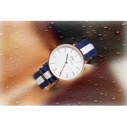 Đồng hồ  vải dù sọc xanh dương thời trang