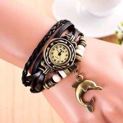 Đồng hồ vòng tay thời trang mẫu 02