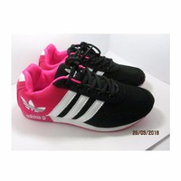 Giầy thể thao nữ adidas