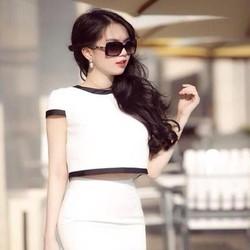Sét áo kiểu tay con viền đen cá tính và chân váy bút ch