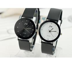 Đồng hồ đeo tay đôi nam nữ màu sắc cổ điển thiết kế sang trọng