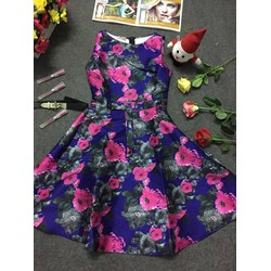 Đầm xoè hoa loang tím