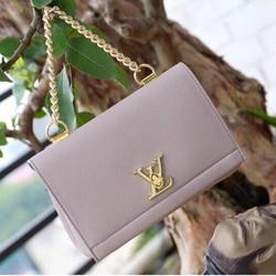 Túi xách Louis Vuitton Alma
