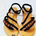 Giày sandal xỏ ngón dây bím đính hạt