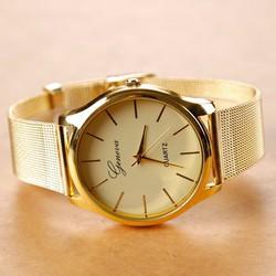 Đồng hồ nữ thiết kế thời trang sang trọng
