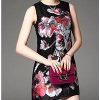 Đầm suông hoạ tiết