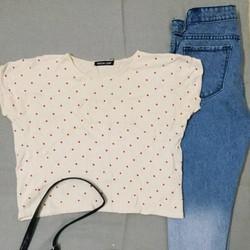 Áo len crop top chấm bi