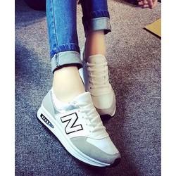 Giày thể thao Ánh Kim Chữ N