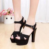 Giày cao gót đan chéo thời trang - LN123