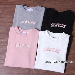 Áo thun nữ thêu chữ New York