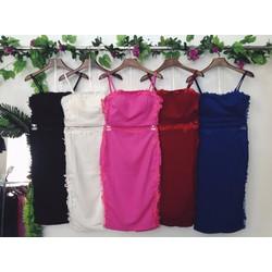 Set áo croptop chân váy body phối lưới kết ren hoa 2 bên