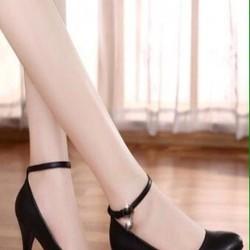 Giày cao gót nữ đen cá tính kiểu mũi nhọn kết hợp quai hậu GCN236