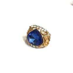 Nhẫn nữ mới về gắn đá xanh