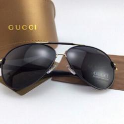Mắt kính Gucci Nam cực đẹp