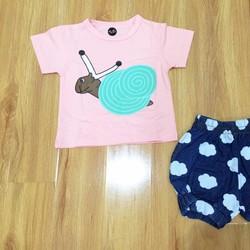 Bộ gái ốc sên hồng, trắng, quần bí xanh blue